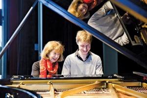 Anne Quéffelec et Gaspard Dehaene © DR.