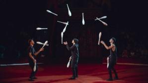 3 J Juggling © DR.