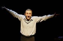 Jean-Jacques Vanier : un festin de ses meilleurs mets épicés d'humour... servi sur un plateau !