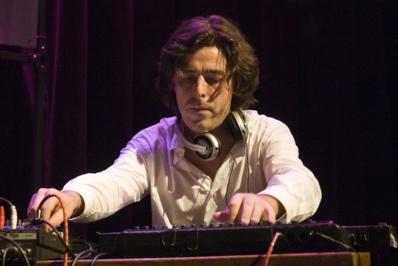 Benoit Delbecq (2007), avec Ambitronix © Christophe Alary.