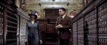 Naomi Watts et Leornado DiCaprio © 2011 Warner Bros.