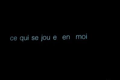 """""""Les gens assis par terre"""" © Pierre Planchenault."""