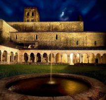 Abbaye Saint-Michel de Cuxa © Josep Molina.