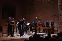 Christophe Coin et l'orchestre de chambre de Toulouse © DR.