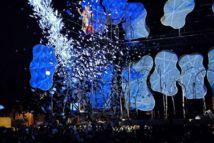 Tours Circus : Sous l'œil de verre des sentinelles de béton... le parvis devint cirque