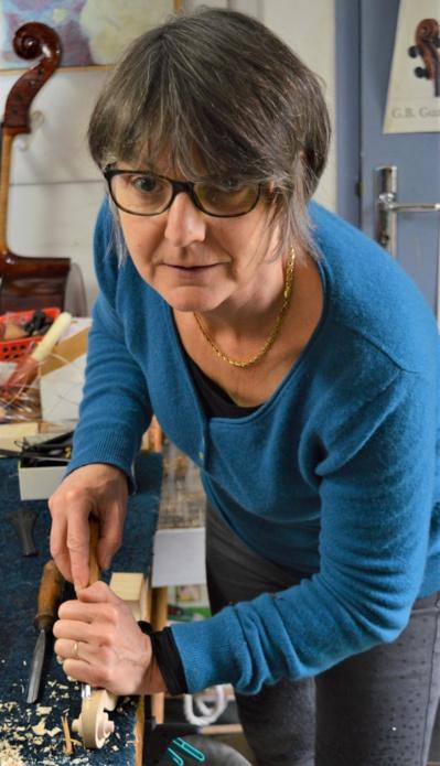 Fanny Reyre, luthière © DR.