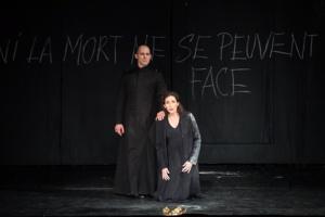 © Julien Benhamou/Opéra National de Paris.