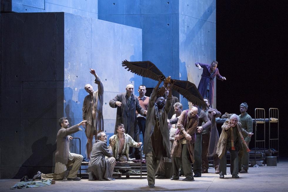 © Élisa Haberer/Opéra national de Paris.