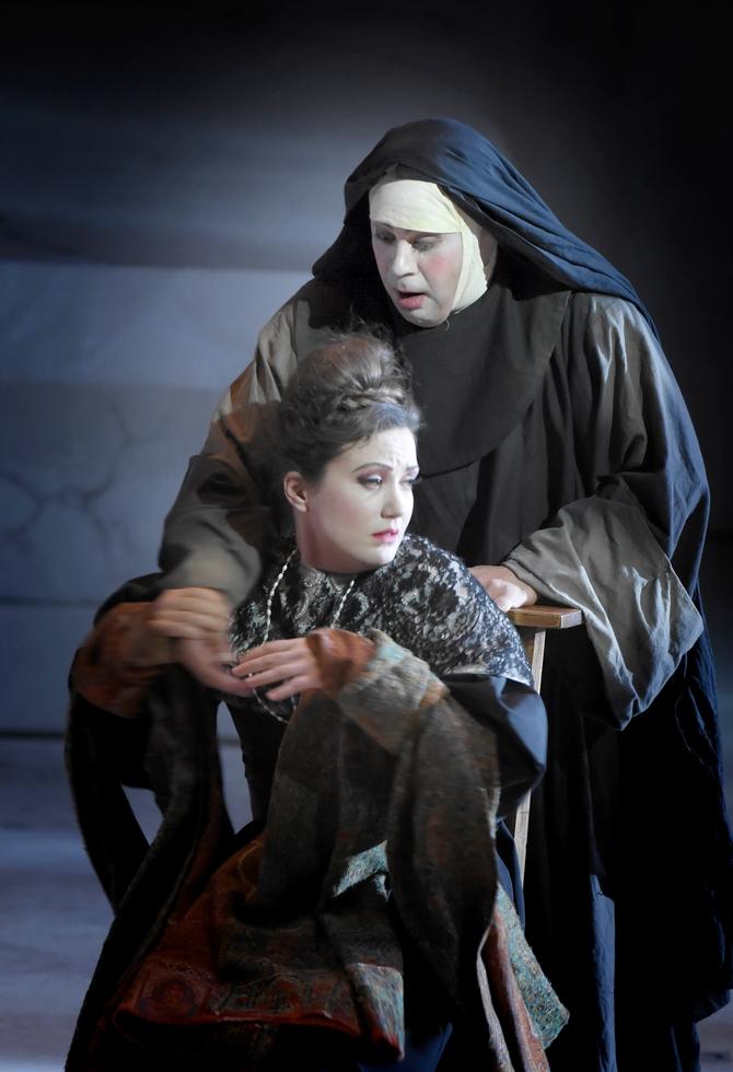 """Julie Fuchs dans """"Comte Ory"""" © Vincent Pontet."""