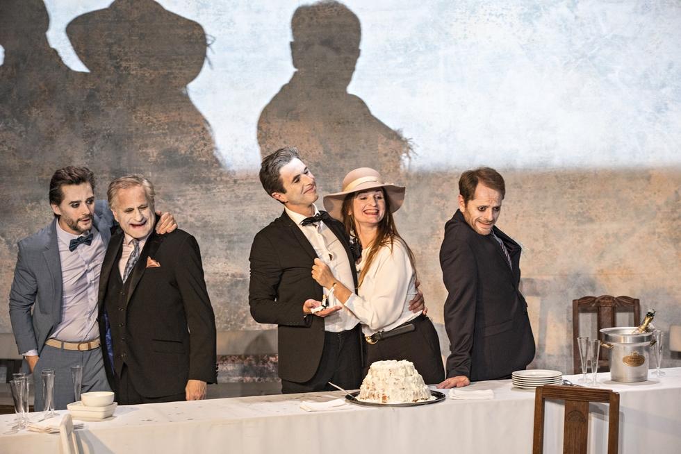"""""""Ionesco Suite"""" diffusé en direct en décembre par le Théâtre de la Ville © Jean-Louis Fernandez."""