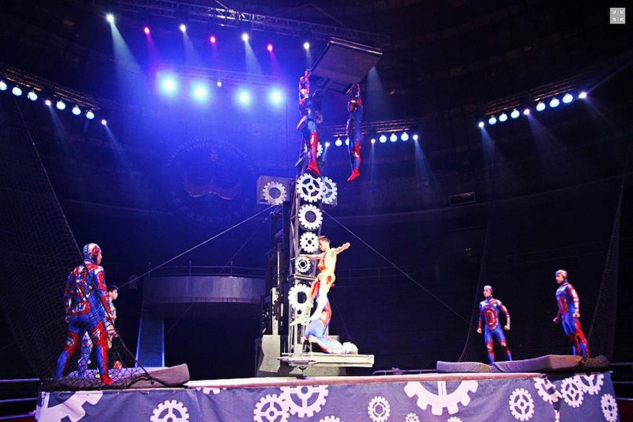 Troupe acrobatique de Wuhan © Monte-Carlo Festivals.