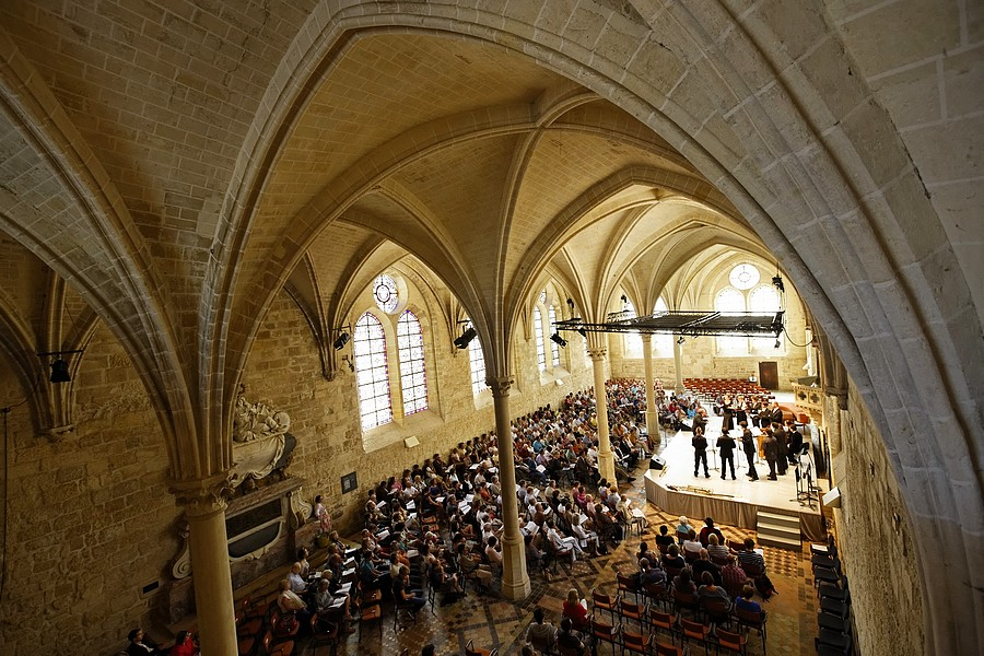 Réfectoire des moines, Abbaye de Royaumont © Agathe Poupeney.
