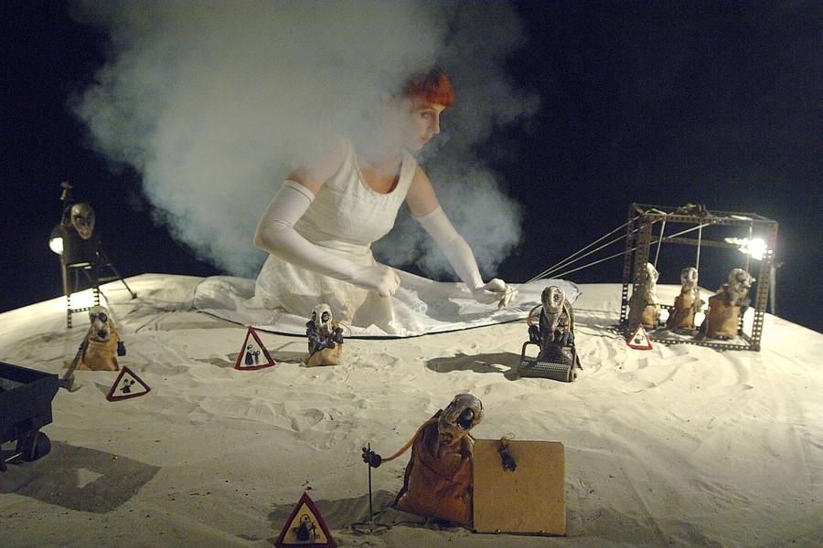 """""""Mine Noire"""", CréatureS Compagnie © CréatureS Compagnie."""