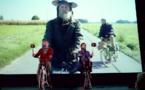 La fable rejoint le mythe, la parodie disparaît et peut paraître toute l'humanité de Don Quichotte