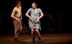 """Le Théâtre du Peuple et Anne-Laure Liégeois offrent à """"Peer Gynt"""" la porte par laquelle s'enfuir enfin"""