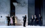 Roméo et Juliette... La mise en scène d'Éric Ruf esquive des pièges de mièvrerie romantique