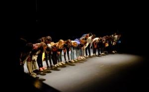 """Théâtre de l'Éphémère, 16 mai 2019 : Filage des élèves du collège Alain Fournier pour leur création """"Filles = Garçons ?"""" avant la présentation du soir. © Théâtre de l'Éphémère."""
